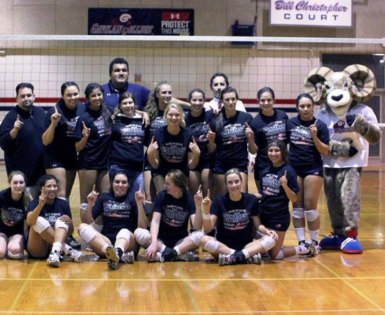 Women's volleyball team builds on last year's championship ...